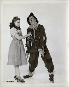 THE WIZARD OF OZ. JUDY AND RAY BOLDGER