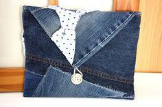 Tablet PC Hülle Recycling Jeans Krawatte Seide von MarionGreRecycling auf DaWanda.com