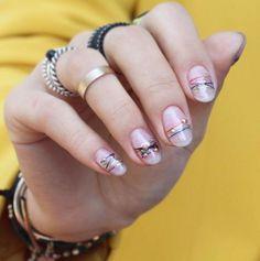 Uñas de brazaletes o Bracelet Nail trend | Decoración de Uñas - Manicura y Nail Art