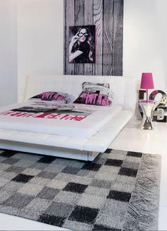 Grijze tapijten zijn tijdloos en stralen luxe en stijl uit ze zijn heel makkelijk te combineren - Tapijt voor volwassen kamer ...