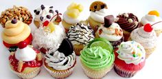 Libra (Sep 23- Oct 22): Variety pack | Community Post: Your Horoscope As Told By Cupcakes-I'm the variety pack!:P