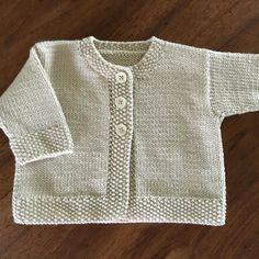 Baby Emily knitting pattern by Stella Ackroyd - Tricot gratuit phildar Baby Cardigan Knitting Pattern, Arm Knitting, Baby Knitting Patterns, Baby Patterns, Crochet Patterns, Knitted Baby Cardigan, Knit Baby Sweaters, Knitted Baby Clothes, Knitting Tutorials