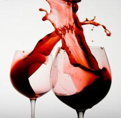 Pinot Noir Pinot Noir Wine, Virginia Wineries, Wine Making, Alcoholic Drinks, Cocktails, Red Wine, Random Things, Liquor, Lush