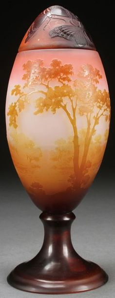 """A GALLE FRENCH CAMEO """"EGG FORM"""" FOOTED VASE WITH COVER, CIRCA 1900."""