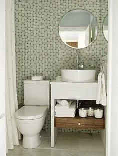 Amazing design for a small bathroom! By Sarah Richardson