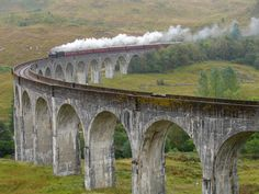 """Der """"Peak Walk by Tissot"""" und die schönsten Brücken der Erde"""