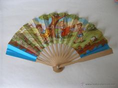 Abanico infantil de papel y madera juguete kiosko años 60 - Foto 1