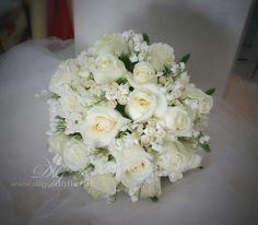 Bouquet+da+sposa+elegante+e+raffinato+–+Dettagli+per+matrimonio