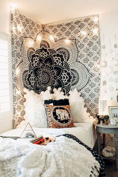 Need some dorm room inspiration? We've rounded up several dorm room decor ideasto get you ready for move in day. Dream Rooms, Dream Bedroom, Girls Bedroom, Master Bedroom, Bedroom Wall, Tapestry Bedroom, Fantasy Bedroom, Hippie Bedrooms, Childs Bedroom