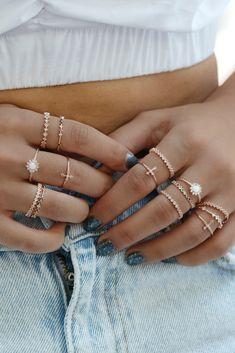 Ringe Boho Rue Gembon Milan Roségold Ring Set, 6 Steps to Tremendous Glossy Hand Jewelry, Cute Jewelry, Jewelry Sets, Bridal Jewelry, Silver Jewelry, Jewelry Accessories, Women Jewelry, Fashion Jewelry, Jewelry Rings
