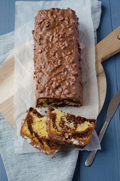 Cake marbled chocolate dressed in ferrero rocher