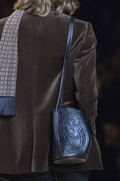 Céline at Paris Fashion Week Fall 2020 - Details Runway Photos Fashion Week, Fashion Brand, Paris Fashion, Women's Fashion, Celine, Leather Accessories, Fashion Accessories, 1960s Fashion, Leather Shoulder Bag