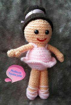 Bailarina #amigurumi #amigurumis #muñecostejidos #muñecostejidosjoni #tejido #tejiendo #tejiendoamano #hechoamano #Ecuador #Quito #tejidocrochet #tejidos #lana #Bailarina