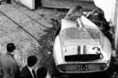 Afficher l'image d'origine Classic Sports Cars, Classic Cars, Old Vintage Cars, Ferrari Racing, Gto, Race Cars, Automobile, Vehicles, Love