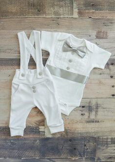 Baby pajamas to keep your little ones cozy while they rest, come across kid and toddler p j's available in stylish different colors. Baby Boys, Carters Baby Girl, Baby Outfits, Baptism Outfits For Boys, Baby Boy Christening Outfit, Baby Baptism, Boys Tuxedo, Baby Blessing, Baby Month By Month