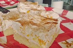 Fanta cake with Mandarin cream Vanilla Cake, Cake Recipes, Bakery, Deserts, Food And Drink, Pie, Sweets, Cooking, Strudel