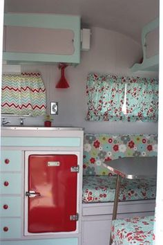 Vintage Camper with lots of fun new fabrics! Vintage Camper with lots of fun new fabrics! Caravan Vintage, Vintage Camper Interior, Trailer Interior, Vintage Rv, Vintage Caravans, Rv Interior, Interior Ideas, Trailer Decor, Vintage Type