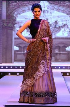 Kirti Sanon walks for Manish Malhotra