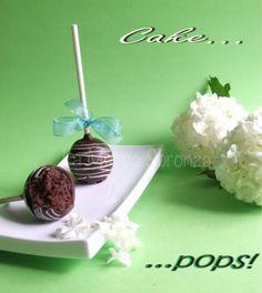 http://lamuccasbronza.blogspot.com  cake pops