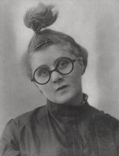 Elsie Altmann, 1925
