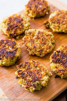 Crispy Quinoa Patties - these versatile patties are crispy on the edges, warm in the center, and freeze well for a quick meal!