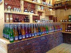 La Gossen limonadeja löytyy 35 eri makua. Lue lisää www.facebook.com/ranskalainenkylakauppa