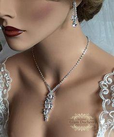 Siver Crystal Teardrop Necklace & Earring Wedding Jewelry Set