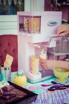 Pink Soft Serve Icecream Maker