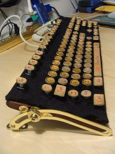 SteamPunk Keyboard. The Warehouse 13 Geek in me needs this keyboard! This. is. awesome! I want one.
