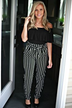 Just My Style Pants: Black/White Stripe - Off the Racks Boutique Casual Outfits For Teens, Business Casual Outfits, Mom Outfits, Casual Fall Outfits, Spring Outfits, Plus Size Outfits, Cute Outfits, Black And White Pants, Black White