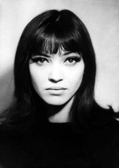 Anna Karina (b. is a Danish, now French citizen. Karina is known as a muse of the director, Jean-Luc Godard, one of the pioneers of the French New Wave. Anna Karina, Hair Inspo, Hair Inspiration, Pretty People, Beautiful People, Beautiful Eyes, Eyeliner, French New Wave, French Pop