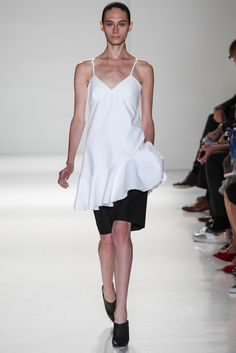 Victoria Beckham Spring 2014 Ready-to-Wear Fashion Show - Edie Campbell