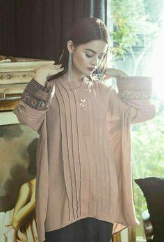 Simple Pakistani Dresses, Indian Gowns Dresses, Pakistani Dress Design, Bridal Dresses, Stylish Dresses For Girls, Simple Dresses, Nice Dresses, Casual Dresses, Casual Wear