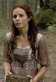 legend of the seeker | Size of this preview: 327 × 479 pixels . Other resolution: 164 × 240 ...