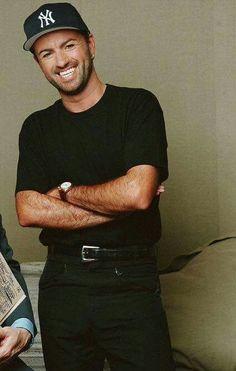 Esa hermosa sonrisa que siempre voy extrañar. Te amo y extraño George Michael
