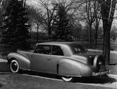 1940 Classic Lincoln Zephyr Coupe