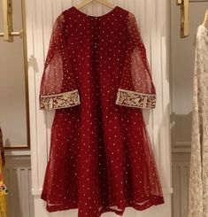 Shop Sexy Trending Dresses – Chic Me offers the best women's fashion Dresses deals Stylish Dress Designs, Designs For Dresses, Stylish Dresses, Simple Dresses, Casual Dresses, Simple Outfits, Pakistani Fashion Party Wear, Pakistani Wedding Outfits, Bridal Outfits