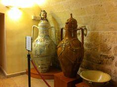 """Successo per il """"Consorzio dei ceramisti di Grottaglie"""" alla """"sagra del vino"""" di Carosino"""
