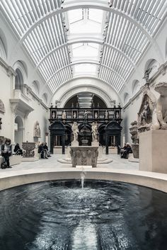 Fountain of Youth Victoria and Albert Museum, London, UK by Arnodil Victoria And Albert Museum, Beautiful Architecture, Art And Architecture, Menue Design, London Museums, London Pubs, Fountain Of Youth, Arne Jacobsen, London Eye