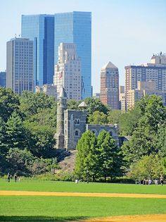 Fotografía: Clara Hernandez Korai - Central Park Central Park, Madrid, Spain, Multi Story Building, Vacation, Life Symbol, New York City, Cities, Vacations