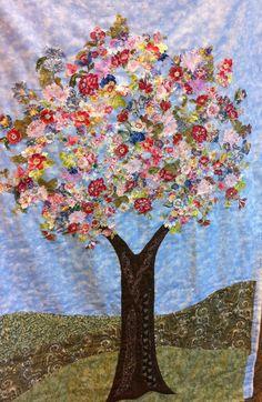 Beautiful Tree Quilt