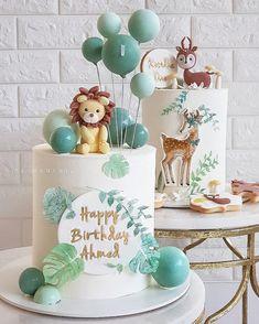 Jungle Birthday Cakes, Animal Birthday Cakes, Lion Birthday, Baby Boy 1st Birthday Party, Jungle Cake, First Birthday Cakes, Lion Cakes, Safari Cakes, Girl Birthday Decorations