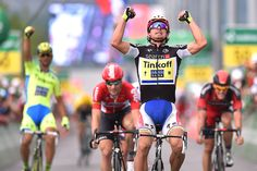 2015 Tour de Suisse, stage 6: Sagan wins Peter Sagan held off Jurgen Roelandts (Lotto-Soudal), and Kristoff to take the stage 6 win. Photo: Tim De Waele