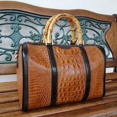 Bolsa Baú Realle - Preview Outono Inverno 2016 #maraspina #bolsas #bolsasdecouro #outonoinverno #preview #leatherbags #instafashion #instabags #moda #itbags #aotd