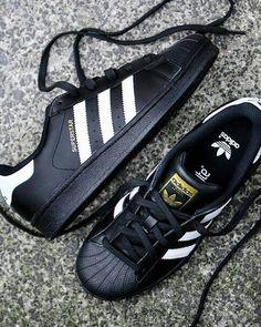 reputable site 71060 4abf0 ⚠Adidas Superstar Black and White⚠ Talles disponible Disponible, Zapatos  Deportivos Adidas, Zapatillas
