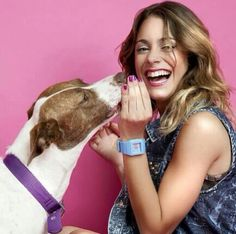 Tini Stoessel Disney Channel, Fitbit, Hair Styles, Teen Wolf, Queen, Stars, Singers, Templates, Weapons Guns