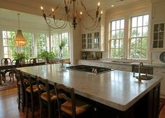 Kitchen Photos Eat-in Kitchen Design Ideas, Pictures, Remodel, and Decor - page 21