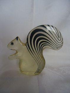 Esquilo, Escultura De Palatnik - R$ 650,00