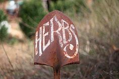 Great use for old or broken tools (1) From: Eating Bird Food, please visit
