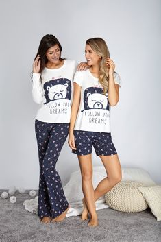 Gli Arcani Supremi (Vox clamantis in deserto - Gothian): Resort 2019 fashion trends and street style Cute Pajama Sets, Cute Pajamas, Girls Pajamas, Pajamas Women, Style Baby, Estilo Denim, Night Suit, Cozy Fashion, Embroidery Fashion